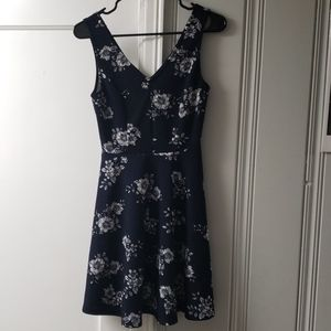 Size small Soprano navy floral dress.